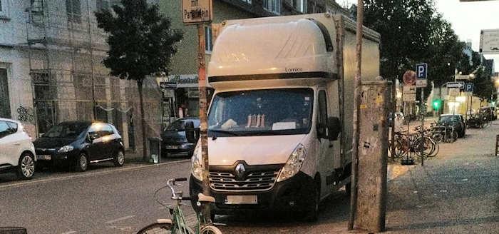 Christbaumkugeln Polen.Transporter Aus Polen Der Shopblogger