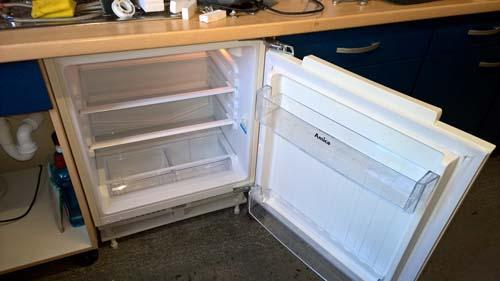 Kühlschrank Neu : Kühlschrank neu und untergebaut! der shopblogger